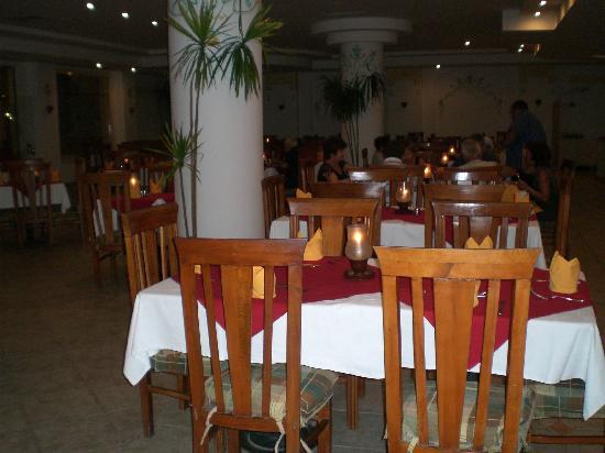 Blue Reef: venerdì, cena a lume di candela, nel ristorante!