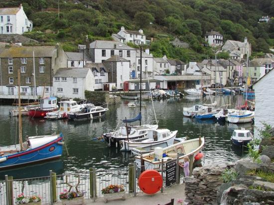 Polperro, UK: Steps from the Claremont