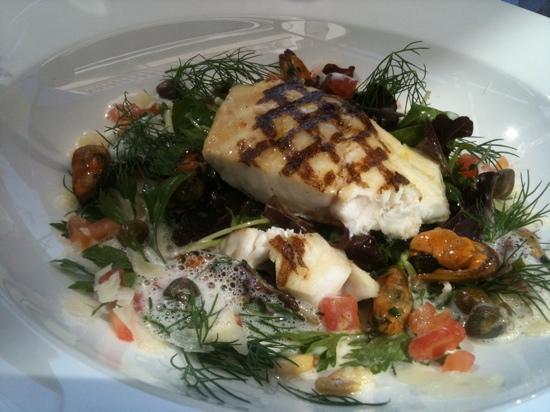Zee Restaurant: seabass salad