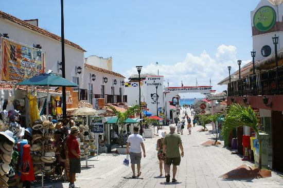 Real Playa del Carmen: 20 minute walk to the ferry