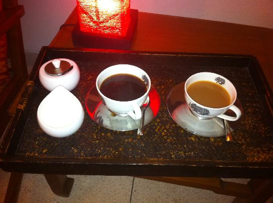 Thikana: Coffee and tea served in our room.