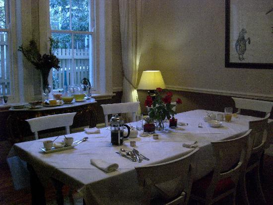 Parker Cottage: The breakfast room