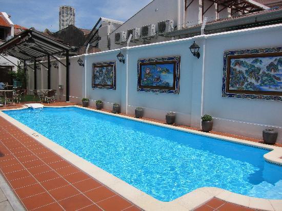 โรงแรมเยงเกงเปนัง: Pool