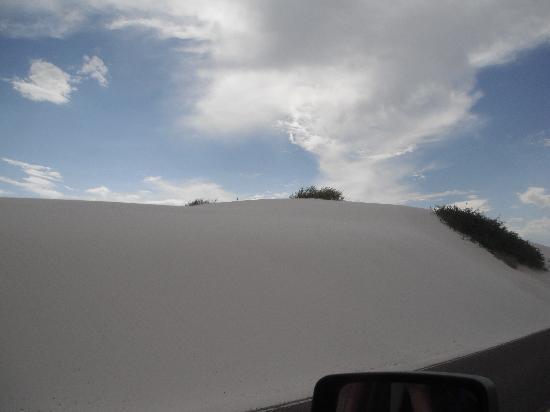 White Sands National Monument: dune