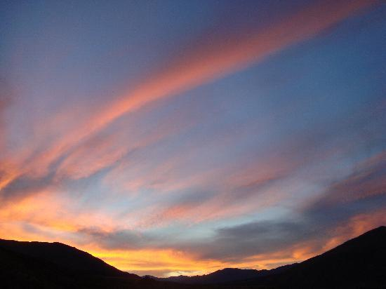 Mt Rosa Lodge: Splendid sunsets from your room