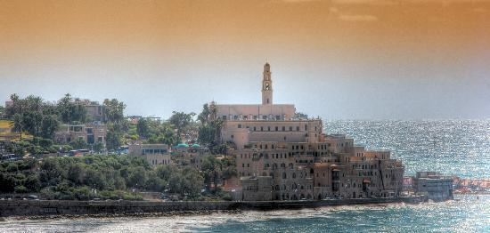 Tel Aviv, Izrael: Distant view of Old Jaffa Port
