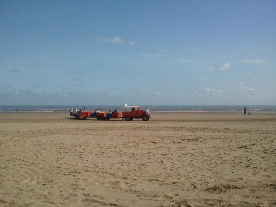 Mablethorpe, UK: Gorgeous clean beach