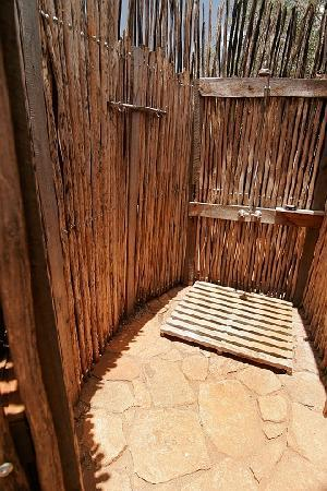 Mkomazi Game Reserve, แทนซาเนีย: Outdoor Shower