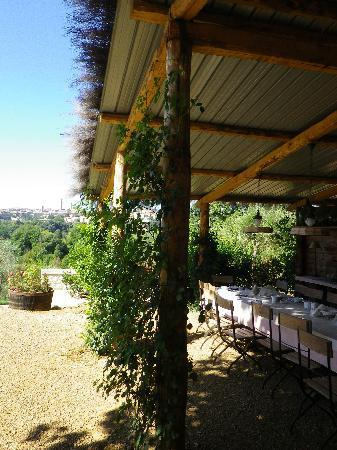 Podere La Strega: View to Siena and breakfast area