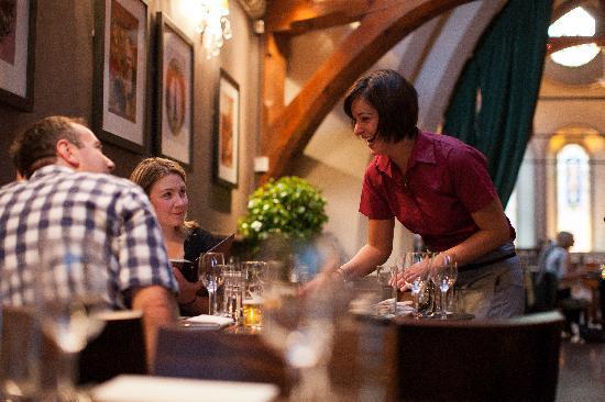 The Vestry Restaurant & Bar: Dining