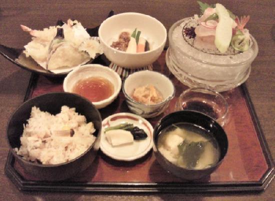 Hotel Kanazawa: 1Fピコの夕食です
