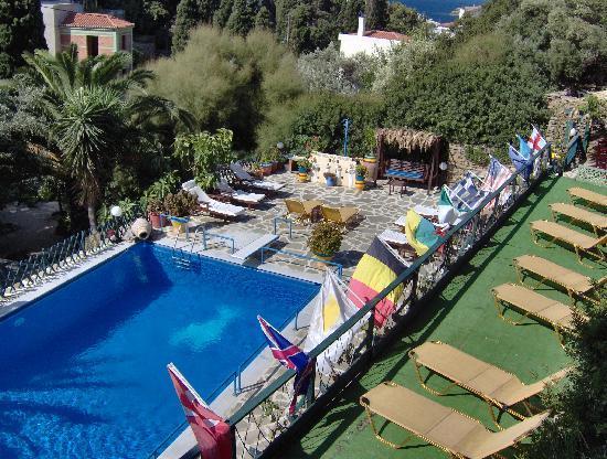 "Villa Rena Apartments : ""Open all year"""
