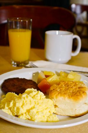 Country Inn & Suites By Carlson, Knoxville West: Hot Breakfast Buffet