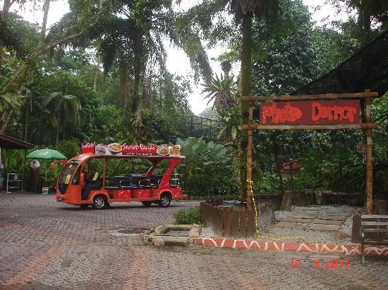 Ampang, Malasia: Tram ride