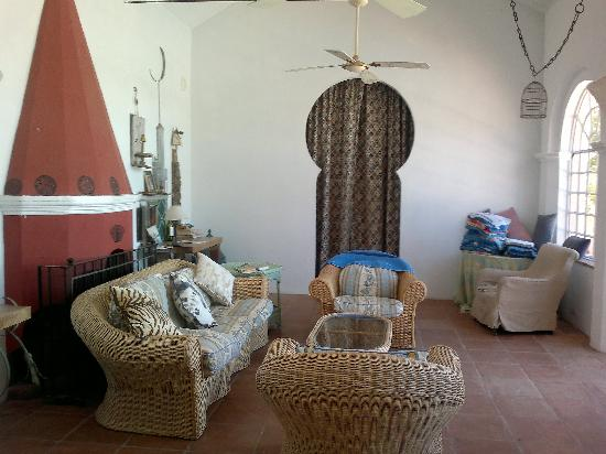 Finca Buen Vino : Pool House sitting room