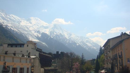 Hotel Le Chamonix: vue de la chambre