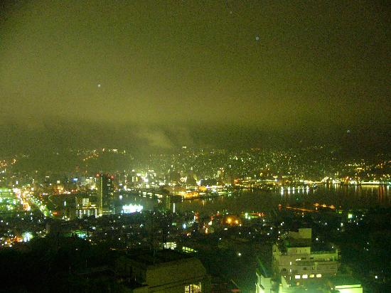 Inasayama Kanko Hotel : ホテルからの長崎の夜景