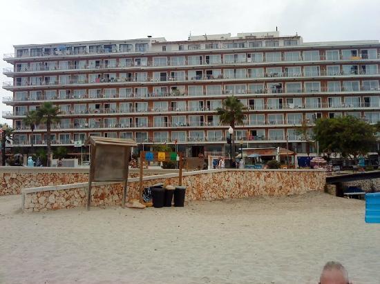 Playa Moreia Apartments: playa moreia from s,illot beach