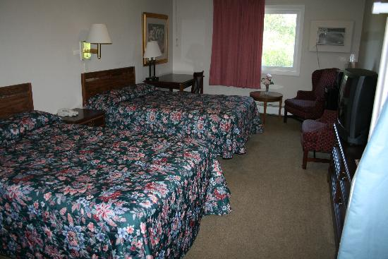 Vacationland Inn: Clean Comfortable and Quiet Rooms