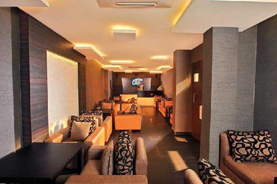 Hotel Icon Classic: Foggy Bottom - The Lounge Bar
