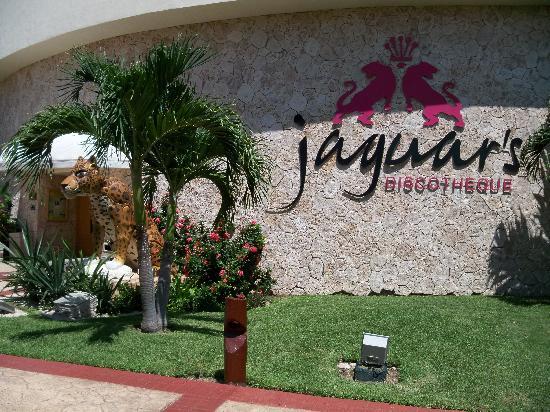 Barcelo Maya Tropical: Disco
