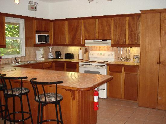 Xanadu Island Resort: Kitchen.