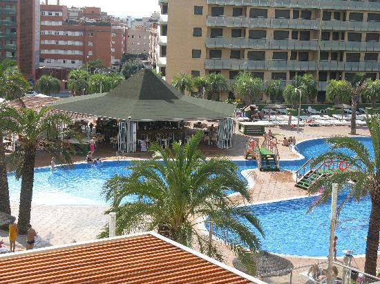 Aparthotel Costa Encantada: same balcony..slightly different view