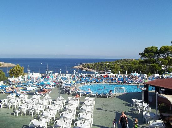 Hotel Presidente: pool view