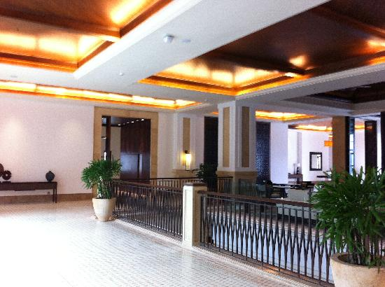 Grand Hyatt Goa: Walkway