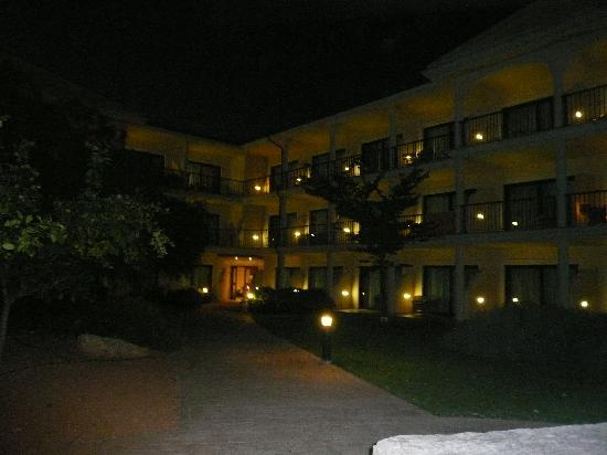 SENTIDO Mallorca Palace: Night look - hotel