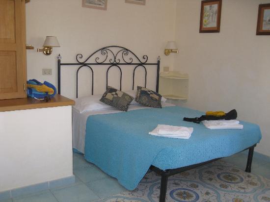 B&B Diana Brown: Bedroom of room 2