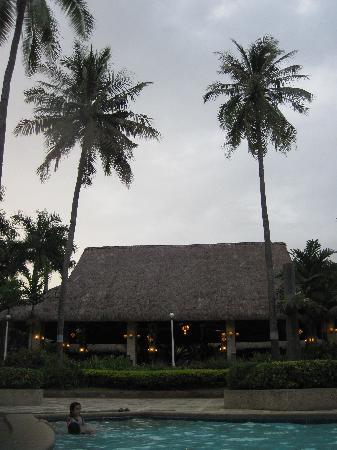 Tambuli Beach Club East Wing: view from the pool