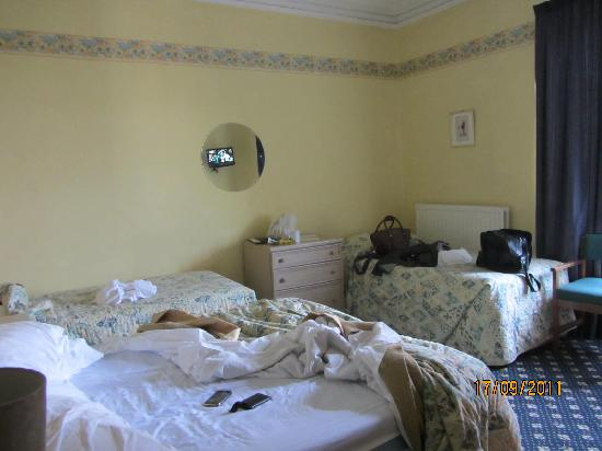 Brampton Court Hotel: Room