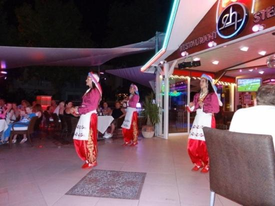 turkish night at ercanhan hotel brill