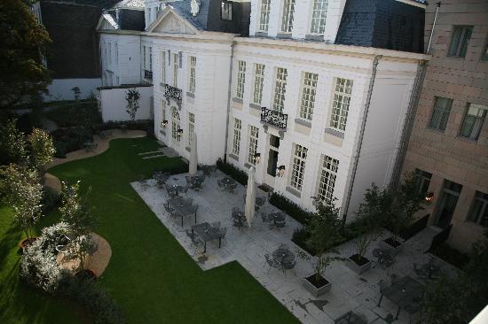 Sandton Grand Hotel Reylof: Innenhof