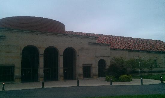 Dayton Art Institute: Main entrance to the museum