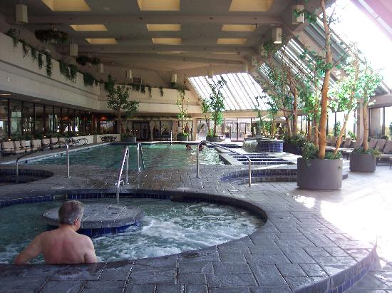 Sparks, NV: Atrium Pool and Spa