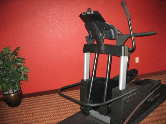 Holiday Inn Hotel & Suites Orange Park: Elliptical - Fitness Suite