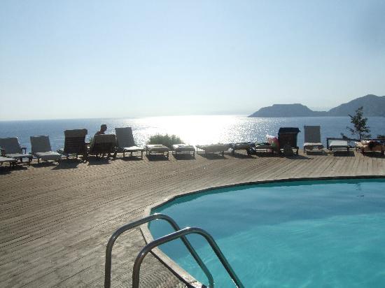 Sea Side Resort & Spa: une des piscines
