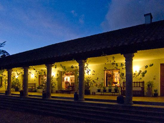Imbabura Province, Ekwador: Hacienda Zuleta at night
