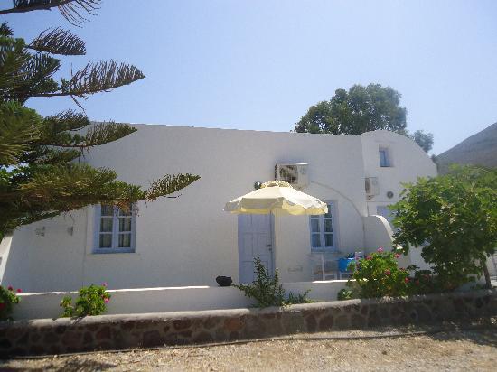 Pelagos Hotel-Oia: Your own apartment