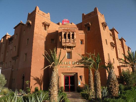 Ibis Moussafir Ouarzazate: façade de l'hôtel
