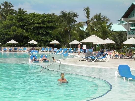 Dreams La Romana Resort & Spa: pool