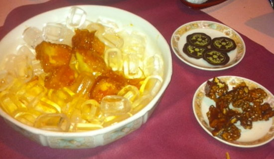 Tse Yang: Most yummi candied apples ever