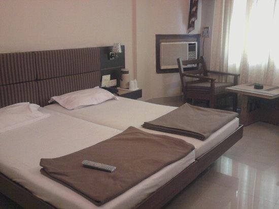 Deepshikha Hotel