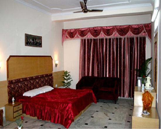 Hotel Chanakaya : Chanakya Hotel