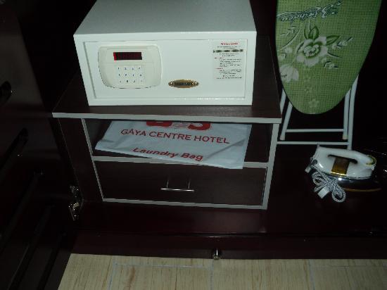 โรงแรมกาย่าเซนทรี่: personal vault