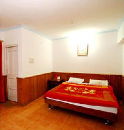 Bhowali, Indie: Sarthak Inn
