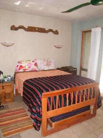 Sin Duda Villas: very comfortable bed