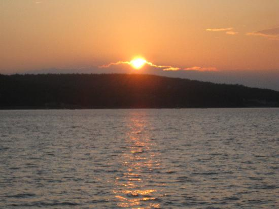 Acadia Inn: sunset from Margaret Todd.